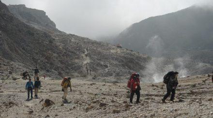 Pendaki Gunung Terapkan Protokol CHSE